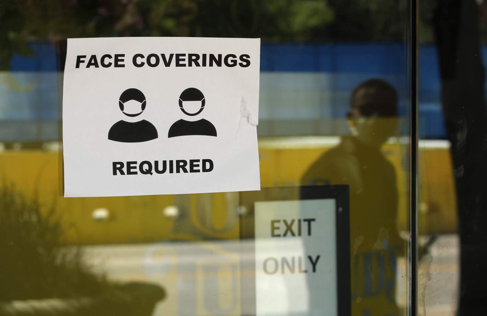 Texas leaders warn of hospital capacity, ask for lockdowns