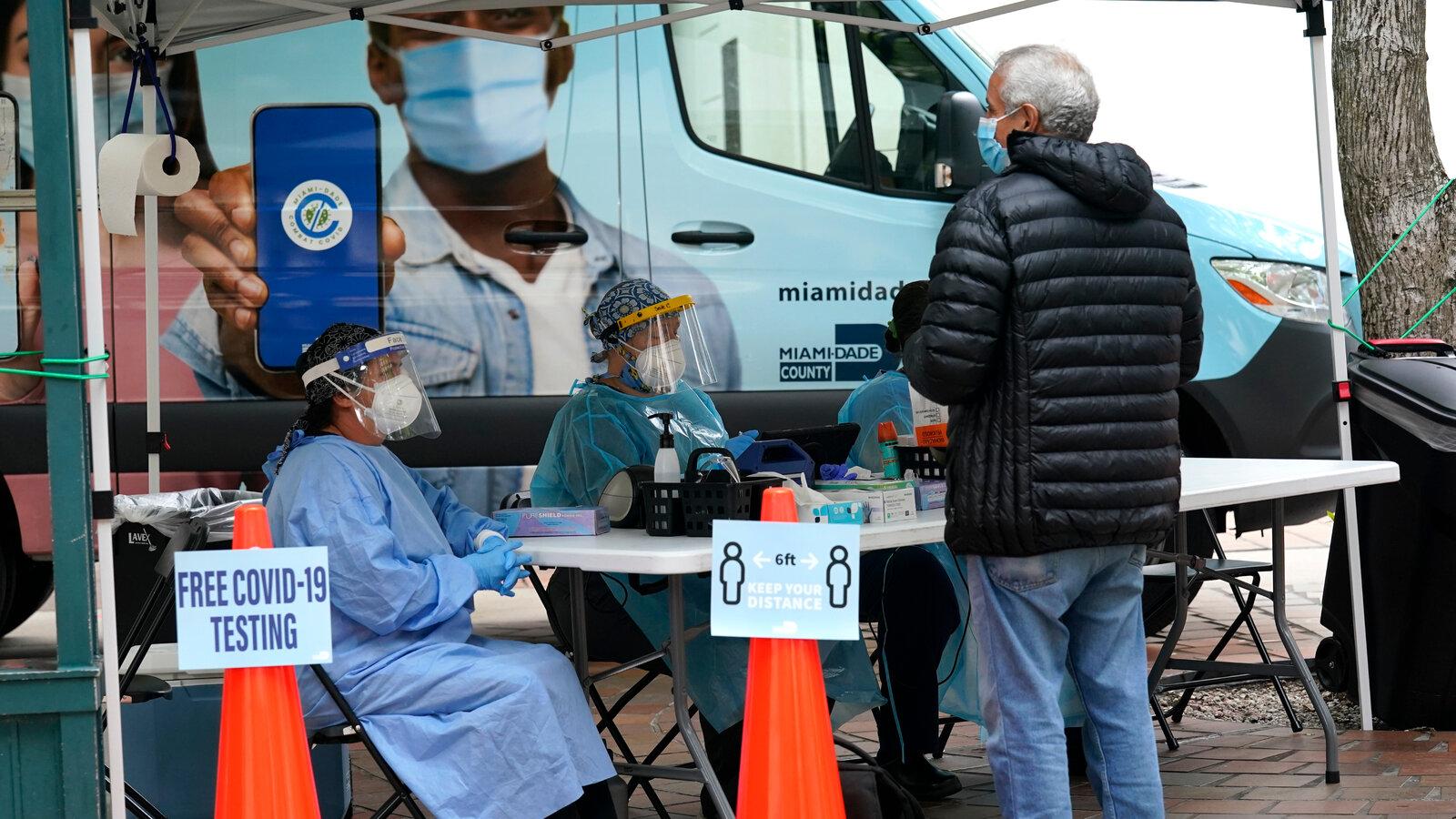 Resurgent Virus Rages Across the American Heartland