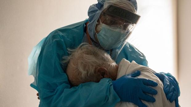 coronavirus, covid-19, Houston doctor, seniors, elderly patients, united memorial medical center, fauci, Thanksgiving cases, covid cases, covid deaths