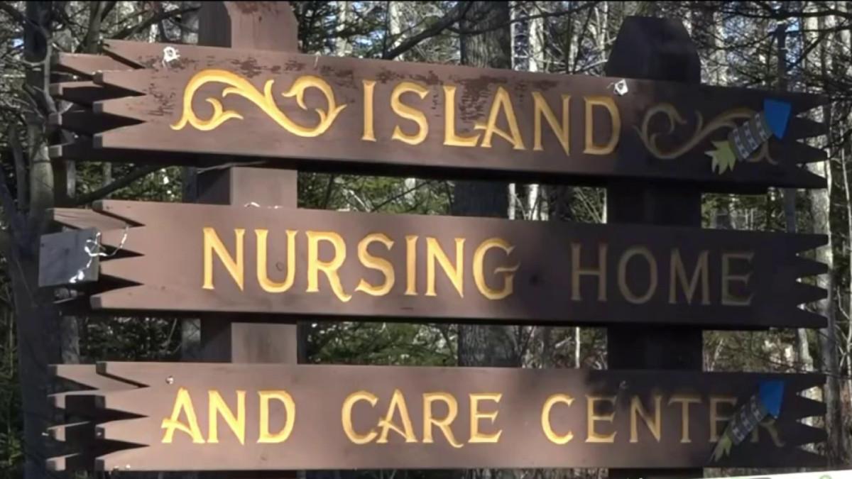 Medical, Nursing Students Help COVID-Hit Maine Nursing Home – NECN